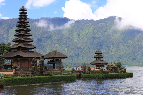 "Solo Touring ""Wonderful Indonesia"" Day 4 (Kuta - Bedugul - Pantai Pandawa - Uluwatu)"